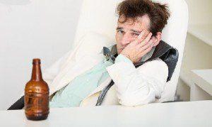 Почему после алкоголя происходят провалы в памяти?